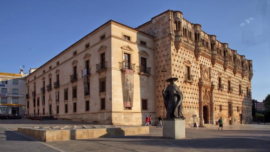 La plaza de los Caídos de Guadalajara pasará a llamarse plaza de España