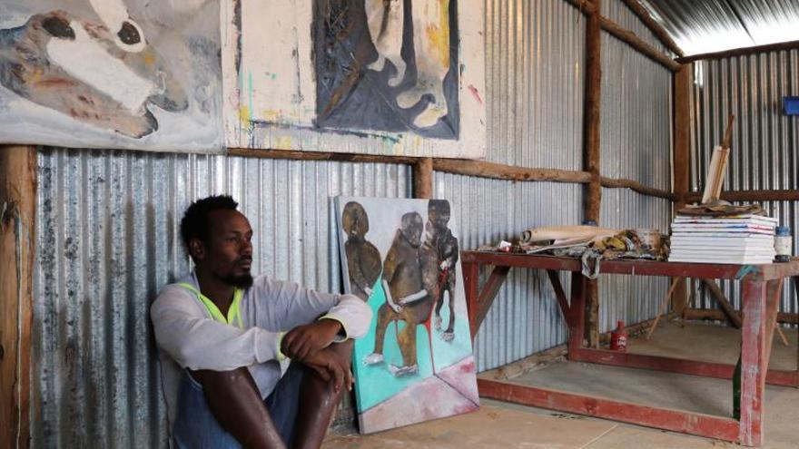 """Los gobernantes africanos son marionetas de Occidente"", según un pintor keniano"
