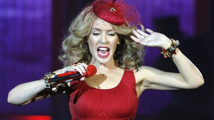 Kylie Minogue da la bienvenida a la Navidad en una actuación única en Londres