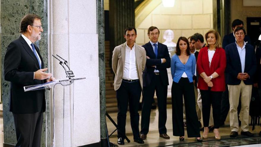 PP y C's proponen rebajar el IRPF en dos puntos cuando España cumpla con el déficit
