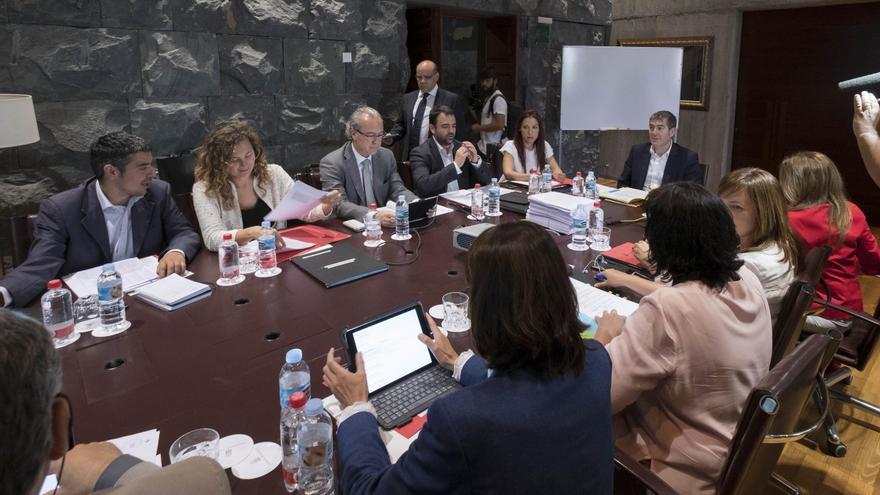 Reunión del Consejo de Gobierno de Canarias celebrada este lunes, presidida por Fernando Clavijo.