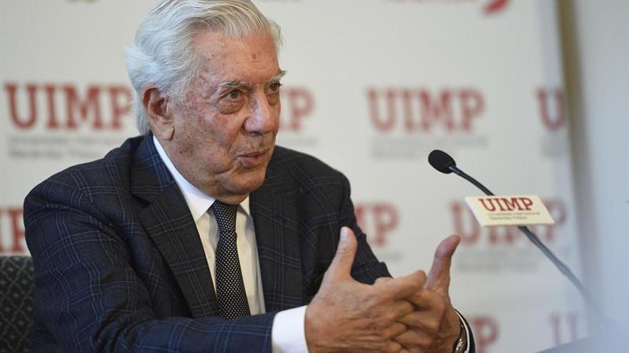 Vargas Llosa: Mi vena literaria es lo fundamental, lo demás es por añadidura