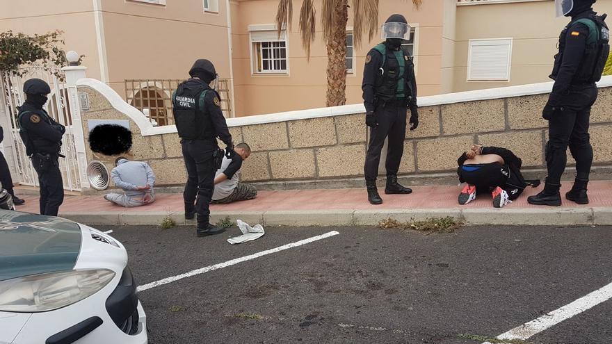 Imagen facilitada por la Benemérita de la intervención judicial y los arrestos