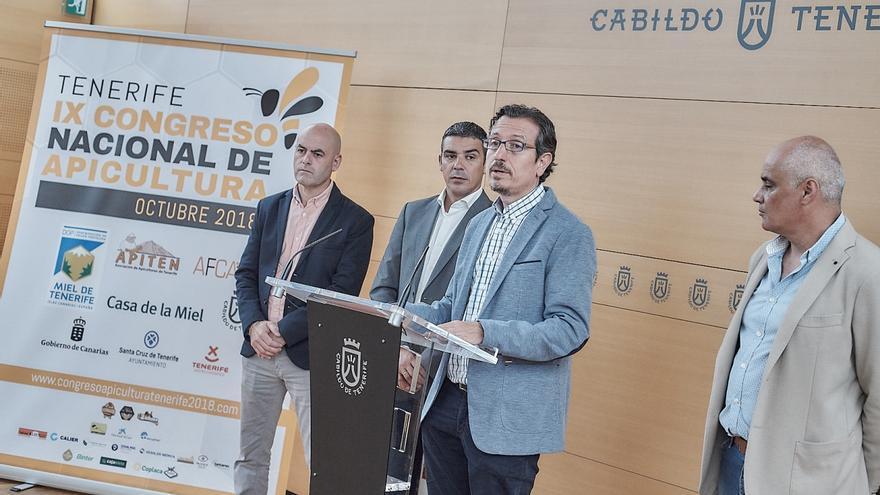 Momento de la rueda de prensa de este jueves para exponer las claves de la convocatoria nacional sobre apicultura