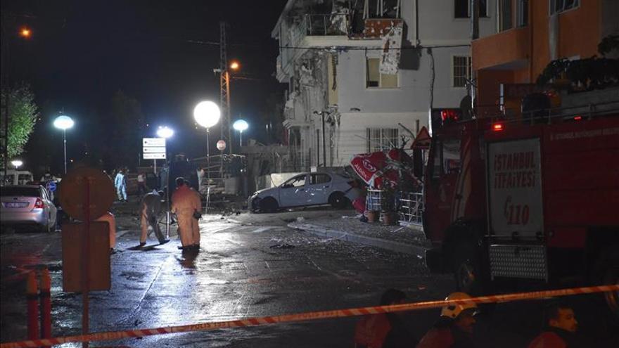 Numerosos heridos al explotar un automóvil en el sureste de Turquía