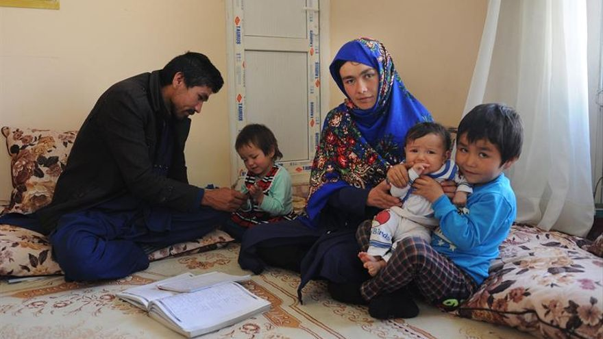 La determinación de una mujer por ir a la universidad conmueve a Afganistán