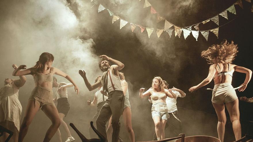Escena de 'Danzad malditos', obra de Alberto Velasco