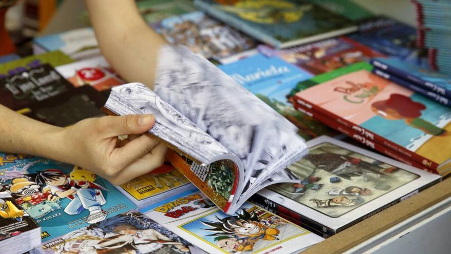 Puesto de la Feria del Libro de Madrid