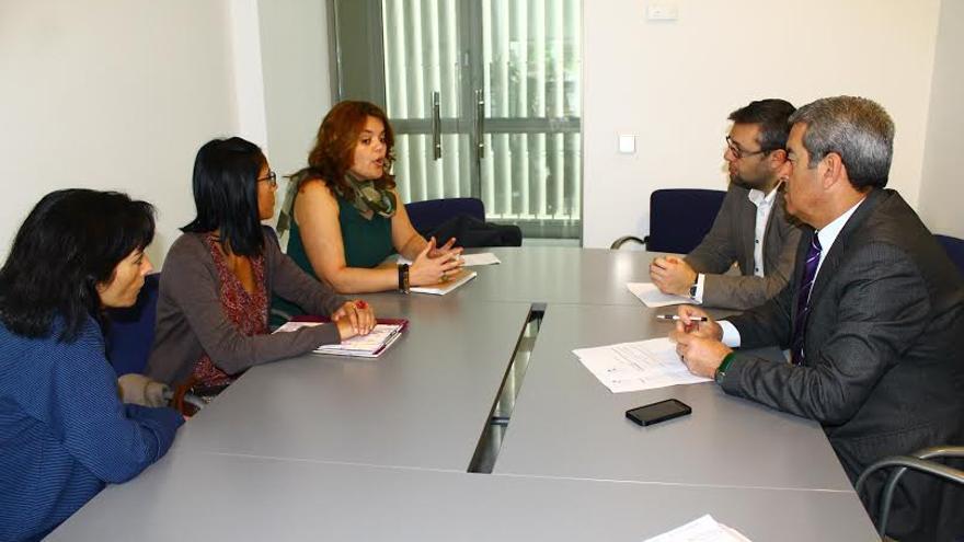 Reunión realizada entre el Cabildo y la asociación.