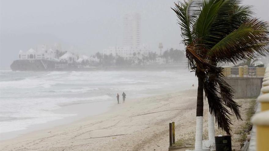 La segunda depresión tropical mantiene su trayectoria con dirección noroeste