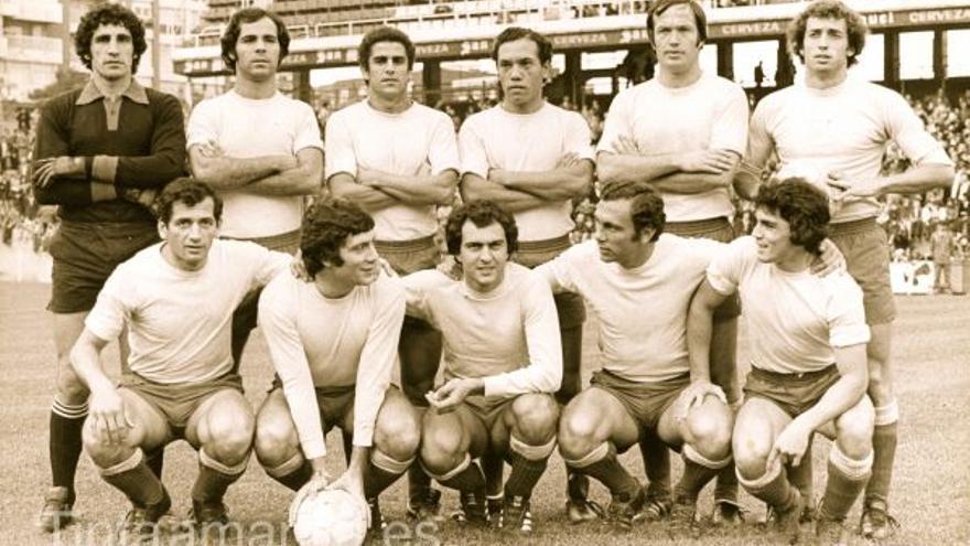 Once de la UD Las Palmas con seis canarios y cinco argentinos.