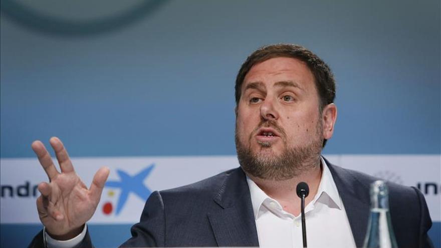 """Junqueras se presenta ante los empresarios como moderado y """"limpio"""" de corrupción"""