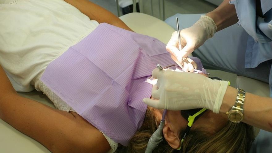 """Dentistas de Gipuzkoa advierten de que la """"fobia dental puede condicionar el bienestar fisiológico"""" de los pacientes"""