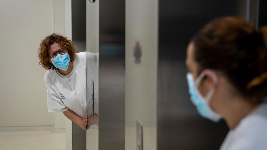 Andalucía supera los 700.000 contagios y suma trece muertes más