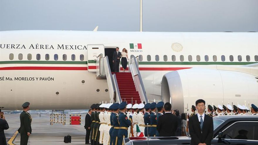 Peña Nieto llega a China para participar en la cumbre BRICS como invitado