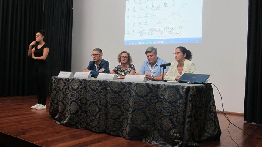Una de las charlas divulgativas en la Casa de la Cultura de Los Llanos de Aridane.