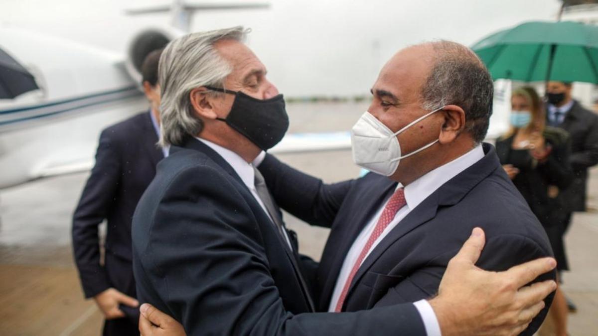 El presidente Alberto Fernández y Juan Manzur, defensor de la industria del azúcar