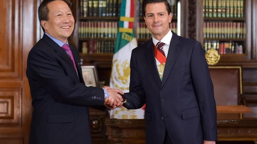 México expulsa al embajador norcoreano en rechazo a actividades nucleares