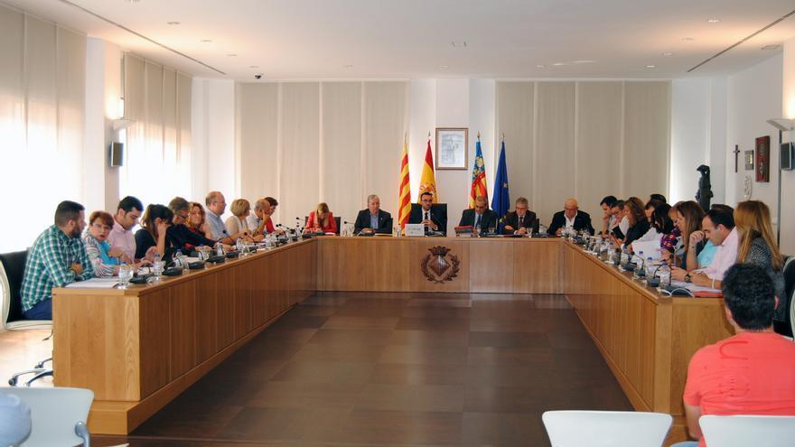 El alcalde de Vila-real, José Benlloch, presidiendo el último pleno ordinario