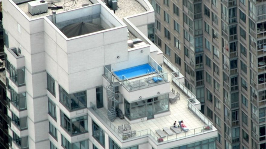 Diez razones por las que te vas a arrepentir si se te ocurre comprarte ese tico tan maravilloso - Cubrir terraza barato ...