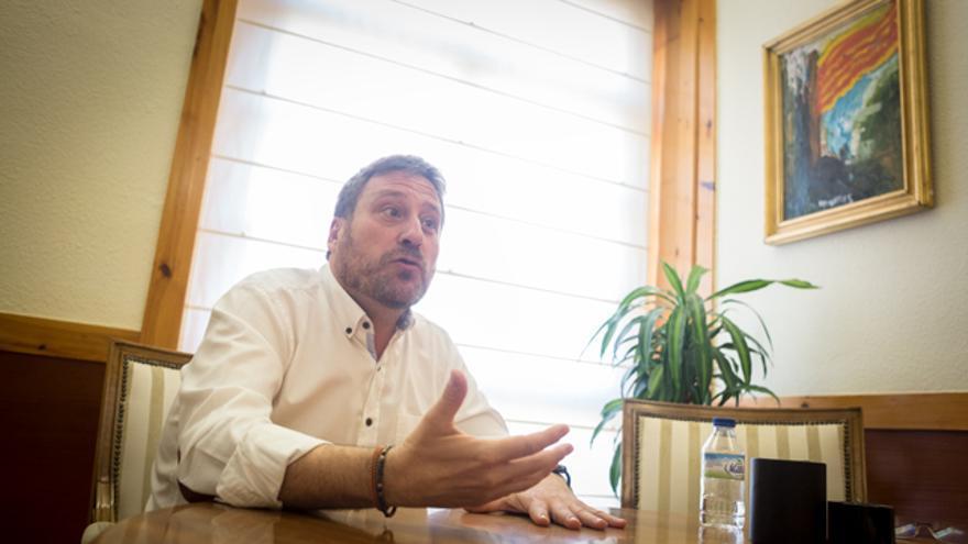 José Luis Soro en su despacho del Gobierno de Aragón