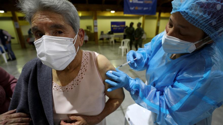Más de un millón de dosis de vacuna contra la covid-19 aplicadas en Ecuador
