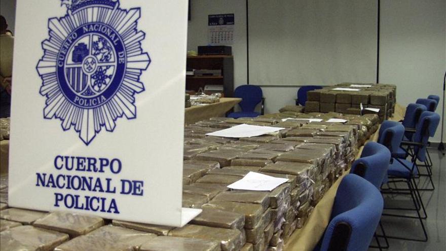 La incautación de droga en el Estrecho se redujo de 18 a 10 toneladas en 2013