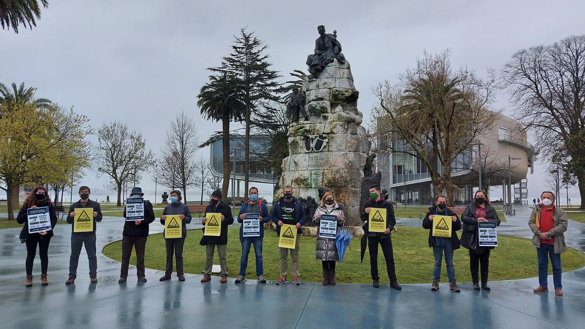 La plataforma Cantabria Sostenible presenta públicamente su iniciativa de rechazo a la nueva Ley del Suelo.