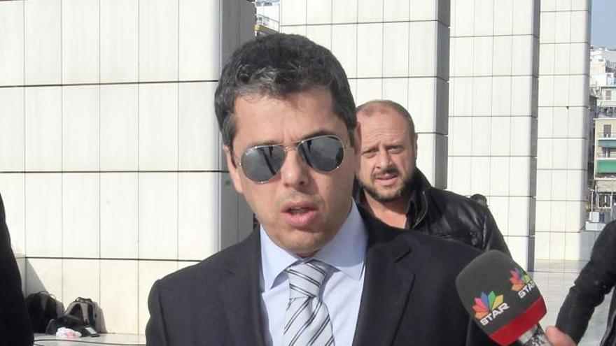 La Justicia griega dicta prisión preventiva contra otros 3 diputados neonazis