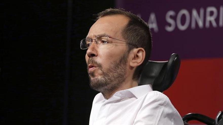 Echenique asegura que López seguirá de portavoz de Podemos en la Asamblea
