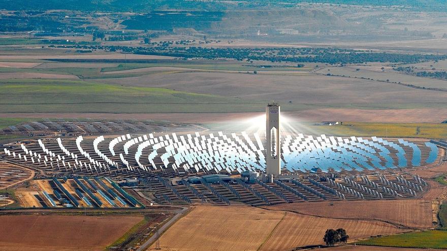 Abengoa construirá una planta de cogeneración en Abu Dhabi por 201 millones de euros