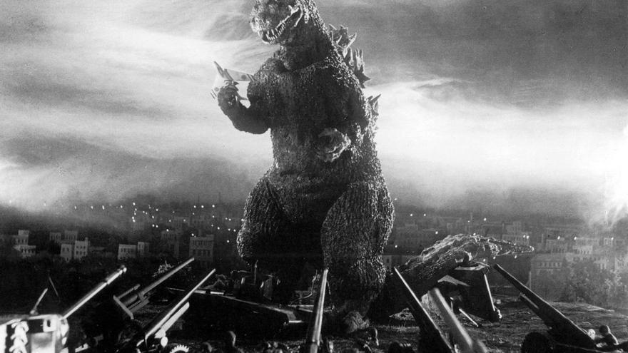 En los filmes que ha protagonizado, Godzilla alterna los roles de agresor y defensor de Japón