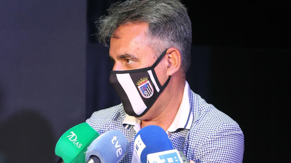 El presidente del CD Badajoz detenido hoy, Joaquín Parra Páez