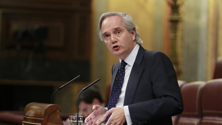 El diputado del PP Gómez de la Serna formaliza en el Congreso los trámites para acceder a su escaño