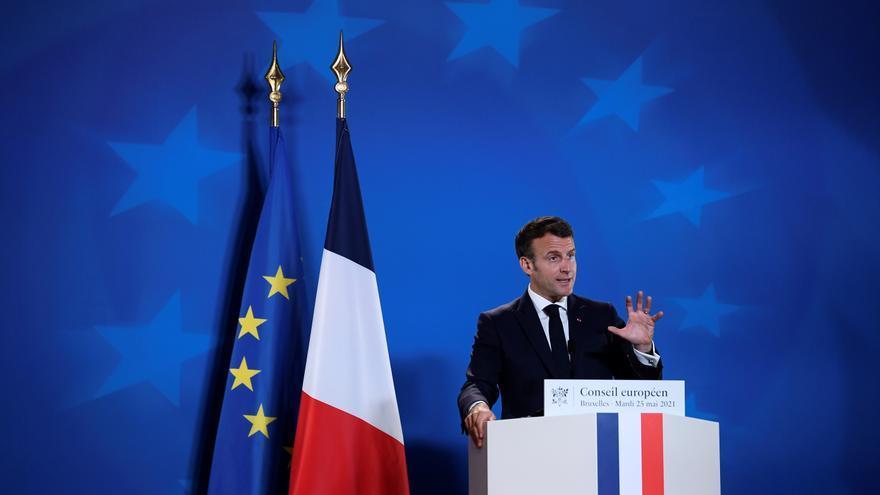 Continúa el descenso de casos diarios de covid en Francia