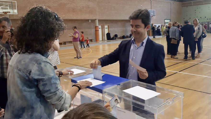 Luis Felipe necesitará el apoyo de Ciudadanos para mantener la Alcaldía de Huesca