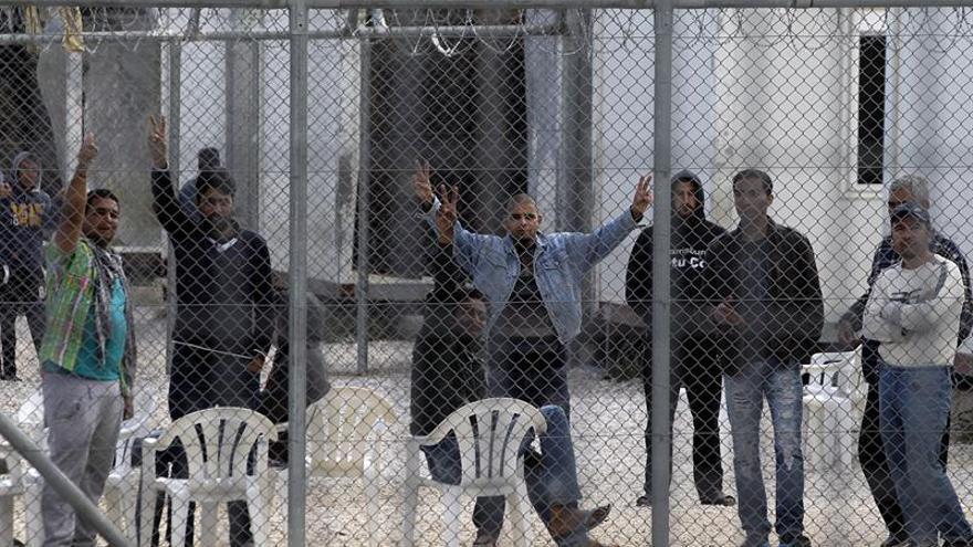 Reabre tras su reforma un centro de detención indocumentados en Grecia