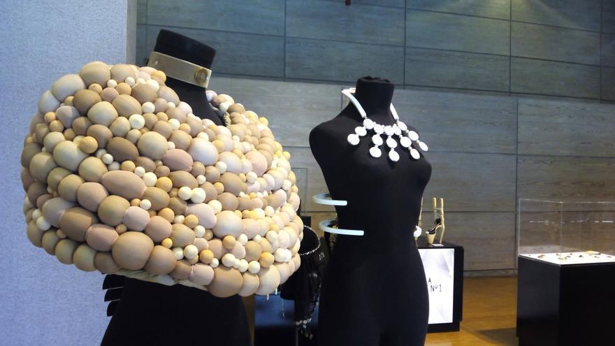 Exposición de joyas en el Museo Nacional del Traje