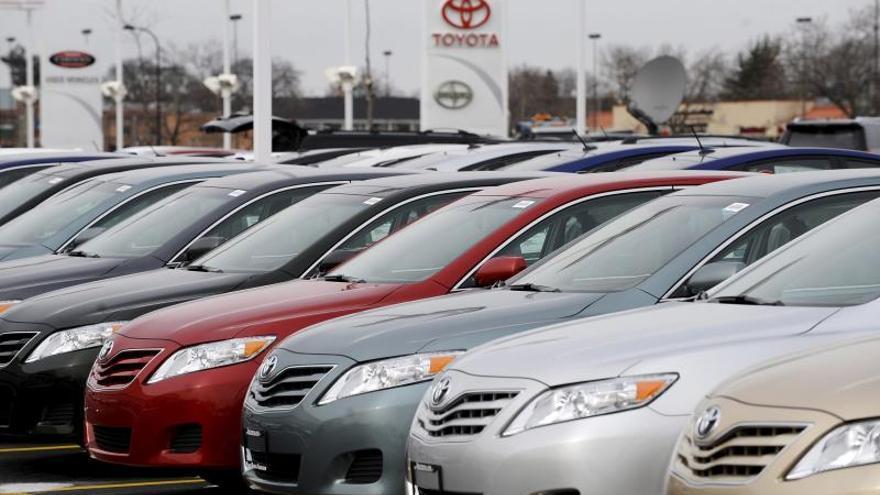 General Motors (GM), el grupo Fiat Chrysler (FCA), Toyota, Nissan, Hyundai-Kia, Subaru y Mazda señalaron este miércoles que el mes de marzo y, más específicamente, la propagación de COVID-19 en Estados Unidos, hundió la demanda de vehículos de la noche a la mañana.