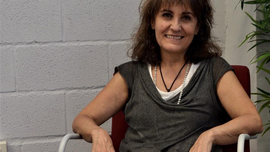 Elena Aisa en la sede de la Asociación Besarkada-Abrazo de Pamplona