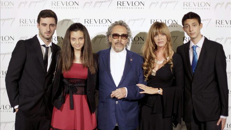 Lluís Llongueras recibe un homenaje al cumplir 60 años en la profesión