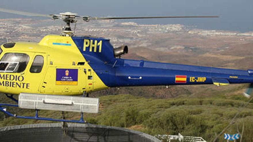 Helicóptero del Cabildo de Gran Canaria.