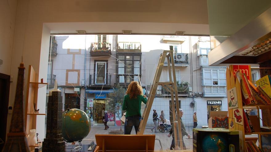 Escaparate de la librería Estvdio de Santander.