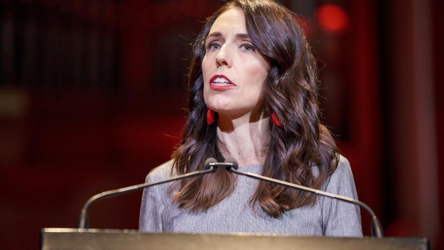 Nueva Zelanda aplaza un mes las elecciones generales por el rebrote de COVID-19