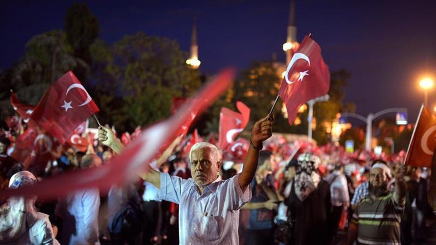 Al menos 264 personas, 173 civiles, murieron en intento golpista en Turquía