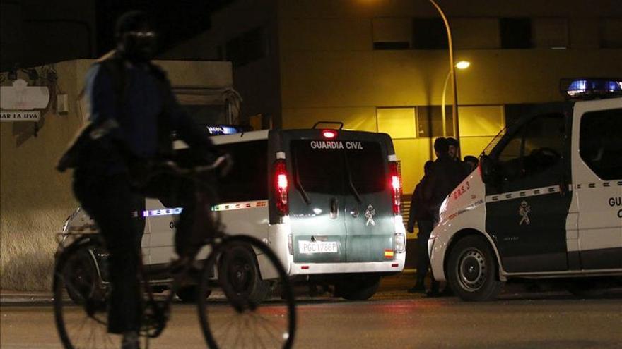 Ascienden a 3 los detenidos por los altercados tras la muerte de un guineano en Roquetas