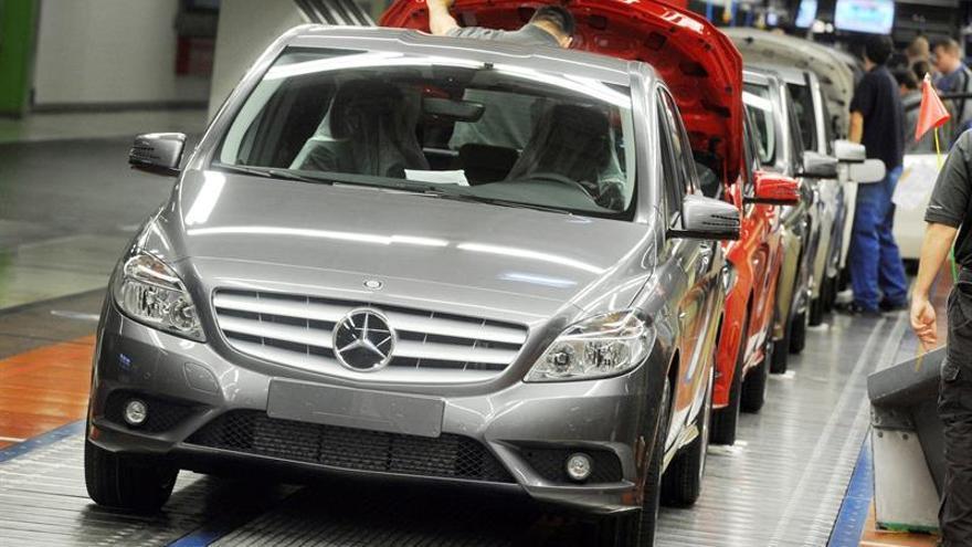 Las matriculaciones de automóviles en la UE repuntan en noviembre casi el 6 por ciento