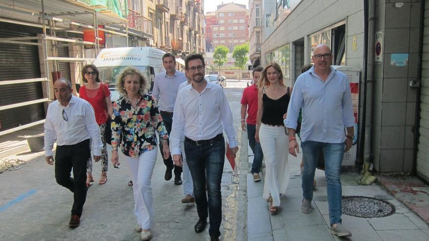 """Tezanos, sorprendida por la """"ruptura unilateral"""" del consenso, presenta una candidatura de """"unidad"""" del PSOE"""