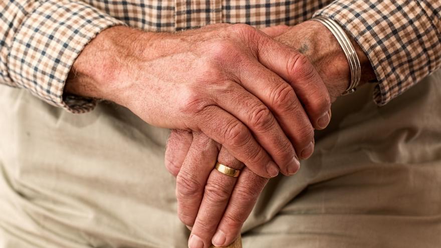 Valdecilla e IDIVAL desarrollarán un estudio para identificar marcadores para el diagnostico precoz del Parkinson