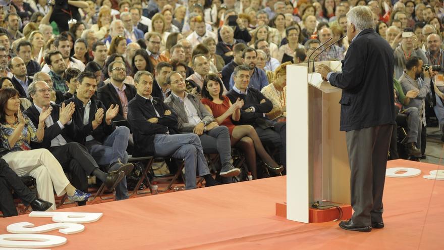 El PSOE recupera a Zapatero con cinco mítines en campaña, mientras González no participará